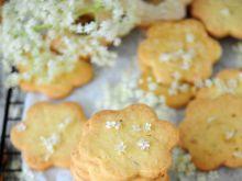 Ciasteczka z kwiatami czarnego bzu