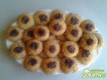Ciasteczka z orzechami i marmoladą