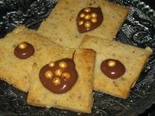 Ciasteczka ziemniaczane z orzechami włos