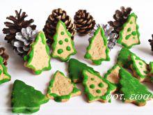Ciasteczkowe choinki miodowo-migdałowe