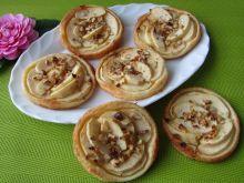 Ciastka francuskie z jabłkiem i orzechami