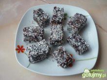 Ciastka w polewie czekoladowej i kokosie