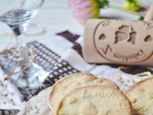 Ciastka waniliowe z kremem migdałowym