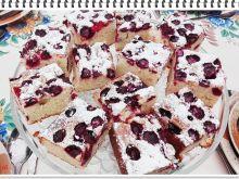Ciasto babkowe Eli z wiśniami