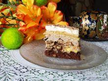Ciasto bakaliowe z krówką i śliwkami