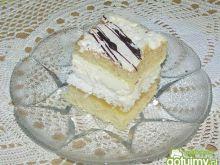 Ciasto biszkoptowe z wkładką kokosową