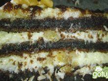 Ciasto czekoladowe przekładane kremem