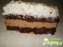 Ciasto czekoladowe z kremem i śmietaną