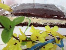 Ciasto czekoladowe z masą o smaku agrestowym
