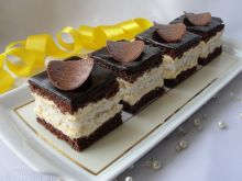 Ciasto czekoladowo-kokosowe z kremem