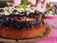 Ciasto drożdżowe z jagodami i kruszonką