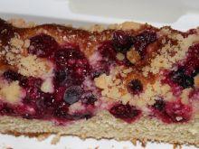 Ciasto drożdżowe z jagodami i wiśniami