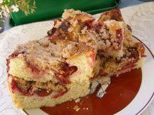 Ciasto drożdżowe z marmoladą i śliwkami