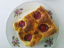 Ciasto drożdżowe z truskawkami
