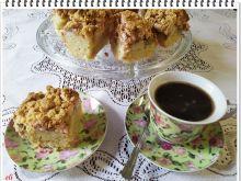 Ciasto Eli z rabarbarem, pianką i kruszonką
