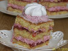 Ciasto Eton Mess z rabarbarem