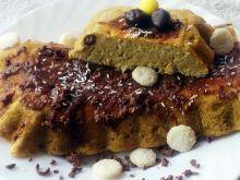 Ciasto jaglane z serkiem i ciasteczkami