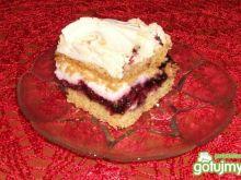 Ciasto jagodowe z bezą i masą