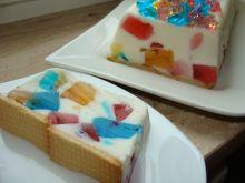 Ciasto jogurtowe z galaretkami