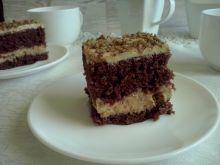 Ciasto kajmakowe z orzechami