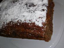 Ciasto kakaowe z orzechami