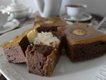 Ciasto kakaowe z kokosowymi kulkami