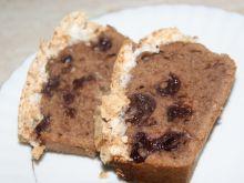 Ciasto kakaowe z wiśniami i bezą kokosową