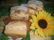 Ciasto kawowe z masą brzoskwiniową