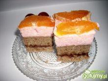 Ciasto kawowe z pianką truskawkową