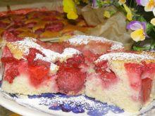 Ciasto kisielowe z truskawkami