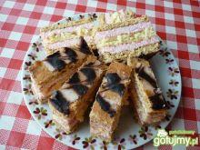 Ciasto kruche z biszkoptem i różową masą