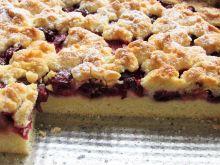Ciasto kruche z wiśniami i truskawkami