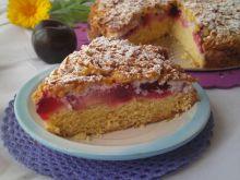 Ciasto krucho- drożdżowe ze śliwkami i kokosem