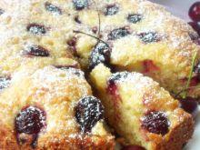 Ciasto kubeczkowe z czereśniami