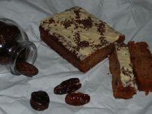 Ciasto makaronowe z daktylami