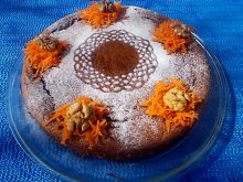Ciasto marchewkowo - orzechowe