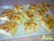 Ciasto maślankowo-rabarbarowe