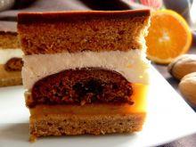 Ciasto miodowe z masą pomarańczową i piernikami