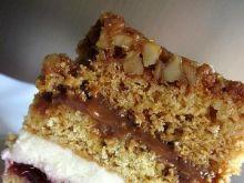 Ciasto miodowo - orzechowe przekładane