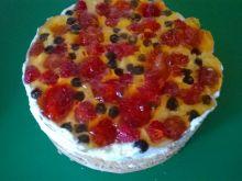Ciasto na biszkopcie z owocami i galaretką