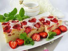 Ciasto na kefirze z truskawkami