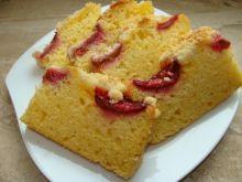 Ciasto na maślance ze śliwkami