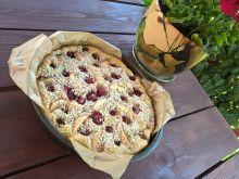 Ciasto na zsiadłym mlekiem i owocami