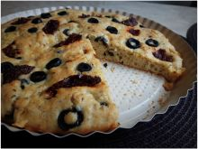 Ciasto oliwkowo kminkowe