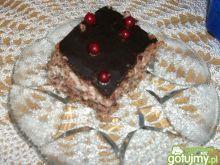 Ciasto orzechowe z czereśniami i porzecz