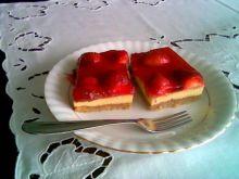 Ciasto orzechowo-truskawkowe