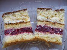 Ciasto przekładane z wiśniami