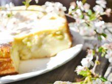 Ciasto serowe z rabarbarem