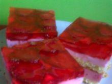 Ciasto serowo-śmietanowe z truskawkami