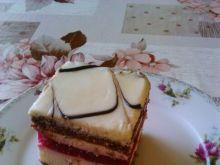 Ciasto śmietankowe z musem malinowym